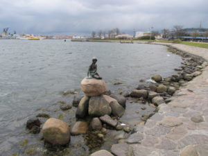 The Little Mermaid: she's much smaller than you imagine